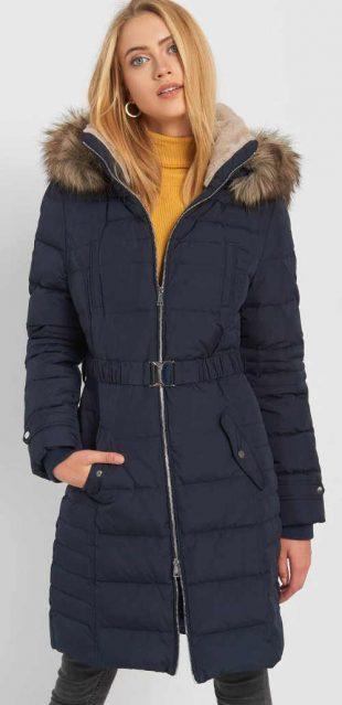 Modrý prešívaný dámsky péřový kabát