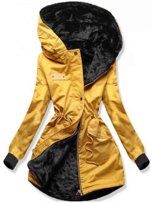 Žltá dámska zimná bunda s veľkou kapucňou