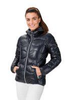 Dámska bunda s praktickou kapucňou a dizajnovým prešívaním