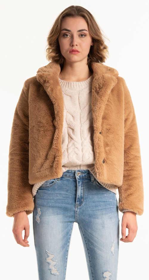 Dámsky krátky béžový kabát z umelej kožušiny