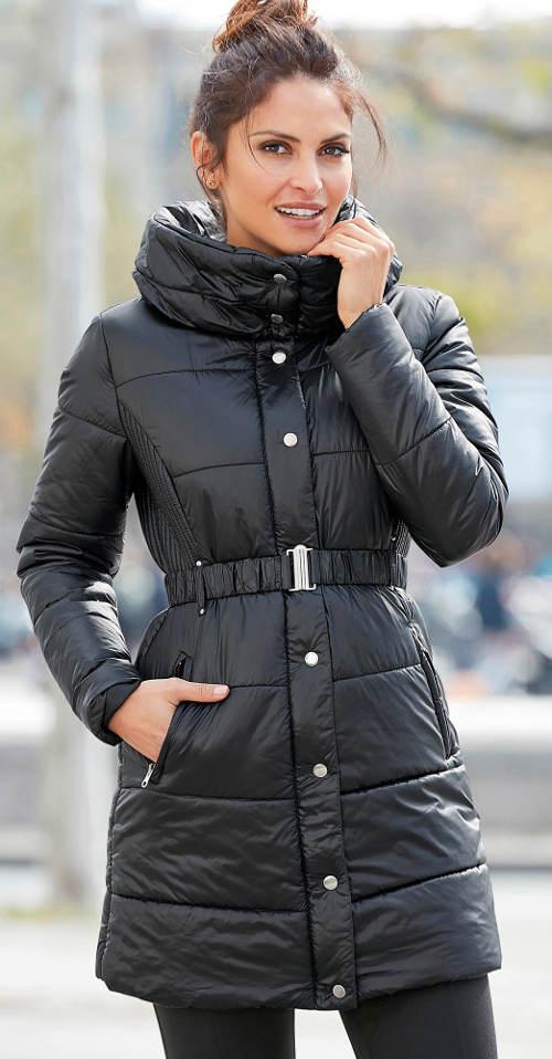 Dlhá čierna zimná bunda so sťahovacím opaskom