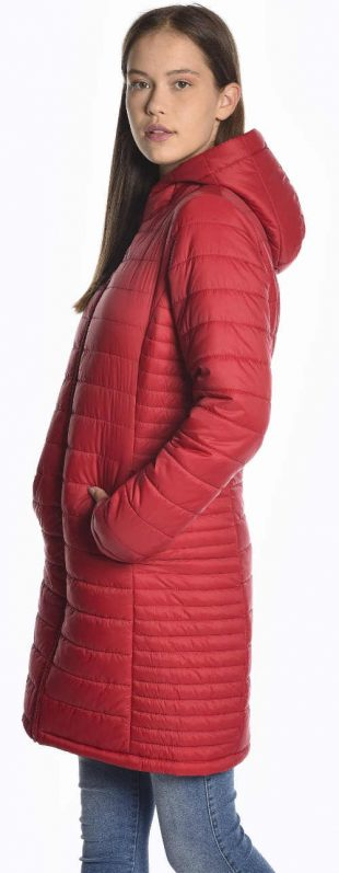 Dlhý lacný červený prešívaný zimný kabát pre mladých