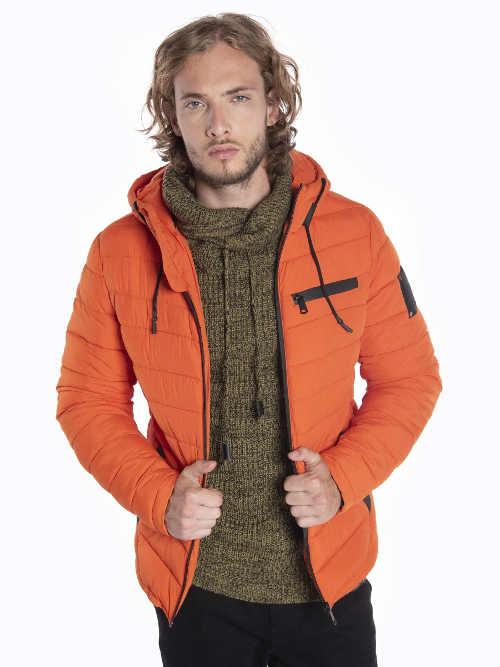 Pánska prešívaná vatovaná bunda s praktickou kapucňou