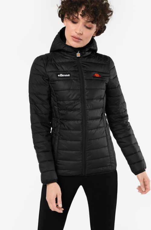 Dámska zimná bunda športového strihu v čiernej farbe