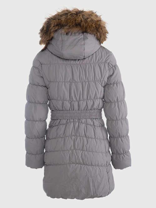 Prešívaný kabát s opaskom a praktickou kapucňou