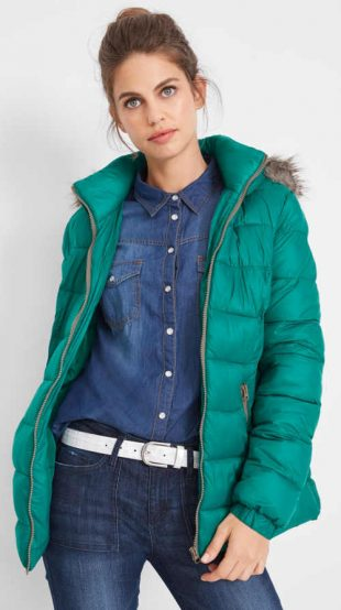 Smaragdovo zelená dámska zimná bunda s teplou podšívkou