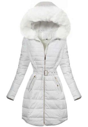 Snehobiely prešívaný predĺžený zimný kabát